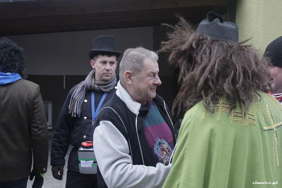 Przeglądasz galerie Wodzenie Niedźwiedzia w Zimnicach Wielkich 13.01.2018