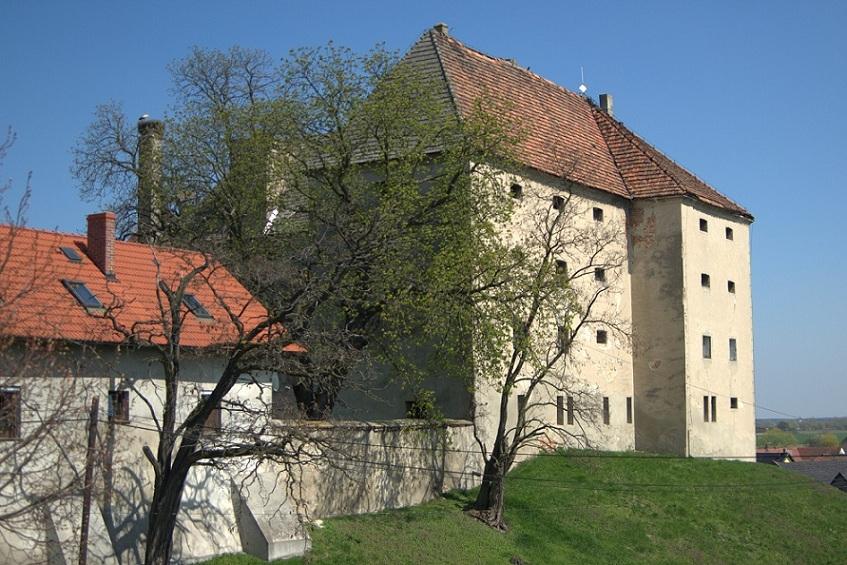 Przeglądasz galerie Zamek w Zimnicach Małych